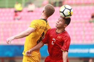 HLV Hoàng Anh Tuấn: 'Không hiểu vì sao U19 Việt Nam lại sợ hãi'