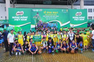 Sôi nổi khởi tranh Giải Bóng rổ học sinh TPHCM Cúp Nestlé Milo