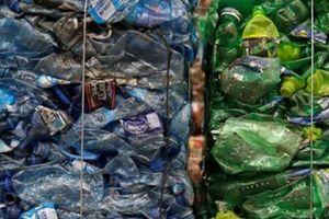Hành động của Trung Quốc khiến nước láng giềng 'ngập trong rác'