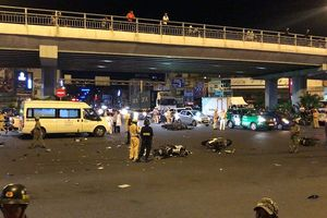 Nhân chứng kể giây phút kinh hoàng BMW tông hàng loạt xe máy ở Sài Gòn