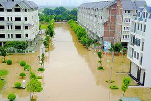 Hà Nội lắp trạm bơm 'cứu' khu đô thị cứ mưa là ngập