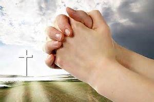 Ý nghĩa 4 cử chỉ nghi thức trong Thánh lễ