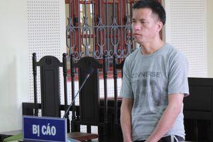 'Người vận chuyển' lĩnh 20 năm tù vì tham 700.000 đồng tiền công