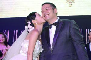 Phạm Quỳnh Anh và Quang Huy chính thức ly hôn sau 16 năm gắn bó
