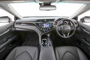Toyota Camry 2019 bản Thái động cơ 2.5L, 205 mã lực
