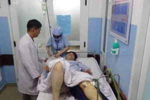 Hai người bị thương nặng sau vụ tai nạn ở ngã tư Hàng Xanh