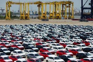 Ô tô nhập khẩu vào Việt Nam giảm nhẹ