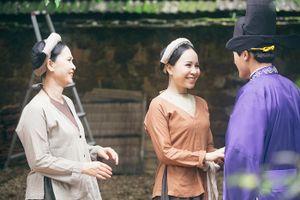 Sao mai Hồng Duyên làm 'con dâu' của NSND Lan Hương