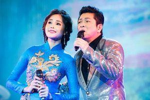Ca sĩ hải ngoại Mạnh Đình ngỡ ngàng trước nhan sắc và giọng hát của mỹ nhân bolero Lê Trinh