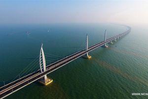 Trung Quốc chuẩn bị khai trương cầu vượt biển dài nhất thế giới