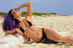 VĐV khuyết tật trở thành người mẫu bikini cho tạp chí danh tiếng