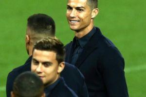 Diễn biến bất ngờ vụ Ronaldo bị tố hiếp dâm mỹ nữ