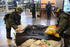 Diễn tập đối phó với tình huống khẩn nguy an ninh tại sân bay Nội Bài