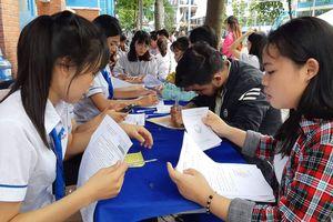 Hơn 2.500 sinh viên Sài Gòn có thể bị cấm thi vì nợ học phí