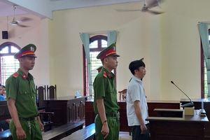 Đại úy Công an lừa chạy việc lĩnh 13 năm tù