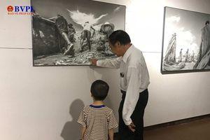 Ngắm biển Việt Nam qua triển lãm ảnh 'Biển trong chúng ta'
