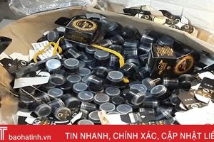 150 kg mỹ phẩm không nguồn gốc đang chờ… đóng hộp và dán nhãn!