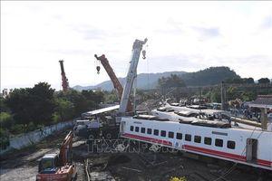 Hé lộ nguyên nhân vụ tai nạn đường sắt nghiêm trọng ở Đài Loan, Trung Quốc