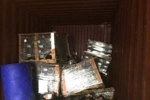 Phát hiện vụ buôn lậu phụ tùng ô tô núp bóng phế liệu nhập khẩu