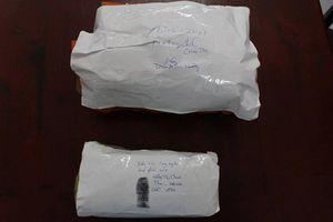 Thưởng nóng các chiến sĩ Công an TP Nha Trang đã bắt nhóm mua bán ma túy