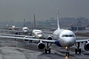 2 thiếu nữ bị máy bay đâm chết khi chụp ảnh trên đường băng
