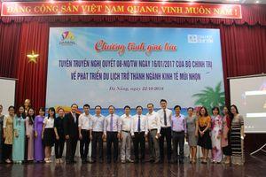 Đà Nẵng: Tuyên truyền về phát triển du lịch cho sinh viên