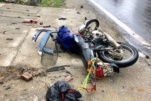 Hà Giang: Va chạm với xe đầu kéo, 2 khách nước ngoài tử vong