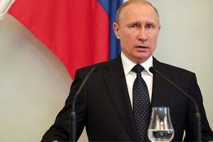 'Nóng mặt' Ukraine: Tổng thống Putin mạnh tay tung đòn