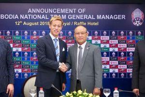 Đội tuyển Campuchia 'xoay tua' HLV trưởng tại AFF Cup 2018