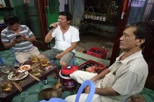 Karaoke di động 'đại náo' làng quê