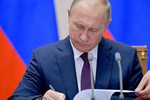 Chi tiết hóa lệnh trừng phạt Nga với Ukraine