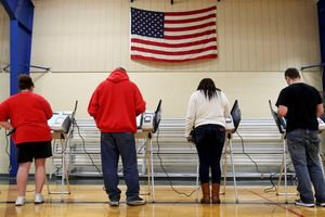 Mỹ cảnh báo đặc vụ Nga trước thềm bầu cử giữa kỳ