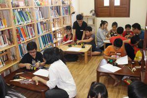Thư viện miễn phí của thầy giáo mê truyện Harry Potter