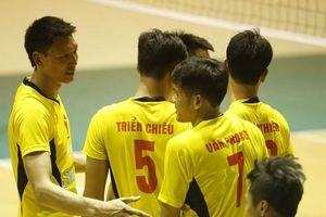 Sanest Khánh Hòa và TP. Hồ Chí Minh gặp nhau ở chung kết giải bóng chuyền Cúp Sanatech 2018