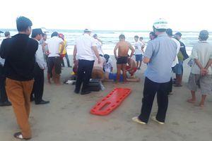 Một du khách Trung Quốc tử vong khi tắm biển