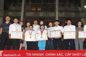 Học sinh Hà Tĩnh nhận 4 giải thưởng Cuộc thi Sáng tạo TTN-NĐ toàn quốc