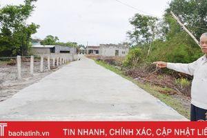 7 hộ dân xã ven biển Hà Tĩnh góp 170 triệu đồng làm 560m đường làng