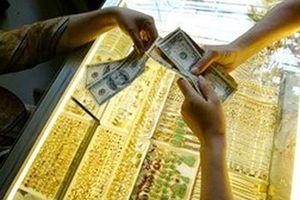 Phạt 90 triệu đồng khi đổi 100 USD ở tiệm vàng: Một điều luật phi lý