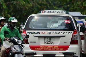 Chuyên gia nói gì về đề nghị buộc Grab bồi thường 42 tỷ cho Vinasun của VKS?