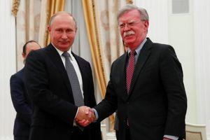 Putin gặp cố vấn Mỹ: Vẫn không cứu vãn được Hiệp ước INF