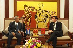 Việt Nam - Cuba đẩy mạnh hợp tác hàng không, hàng hải