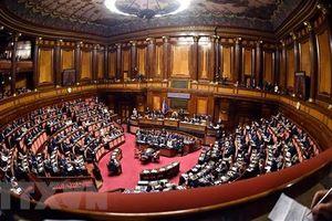 EC yêu cầu Italy đưa ra kế hoạch chi tiêu mới trong 3 tuần tới