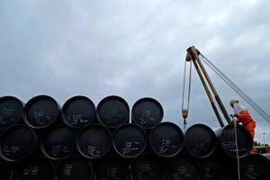 Giá dầu Brent và dầu WTI biến động trái chiều