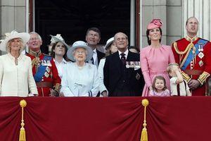 8 bí mật ít ai biết về gia đình Hoàng gia Anh