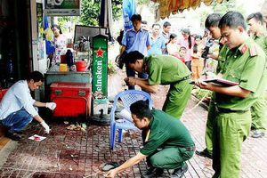 Hai thanh niên 9X gây sự, chủ quán cháo vịt ở Sài Gòn rượt đâm 2 người thương vong
