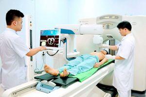 Vì sao có hiện tượng bệnh nhân chọn 'ở quê' điều trị ung thư?