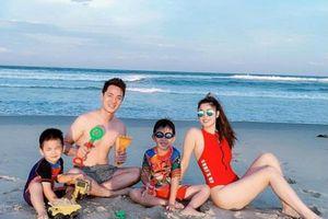 Gia đình Đăng Khôi chia sẻ loạt ảnh du lịch Đà Nẵng 'đốn tim' cư dân mạng