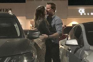 Chris Pratt tình tứ đi ăn tối cùng con gái 'Kẻ hủy diệt' ở Malibu