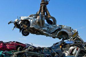 Chủ chiếc BMW đau khổ vì bị hủy nhầm xe