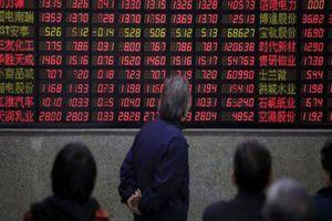 Dow Jones 'bay' hơn 600 điểm, chứng khoán châu Á cũng 'bổ nhào'